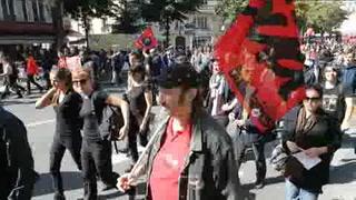 Franceses protestan contra la reforma laboral