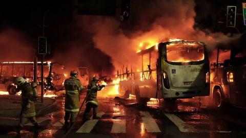 Huelga terminó con batallas campales en Brasil