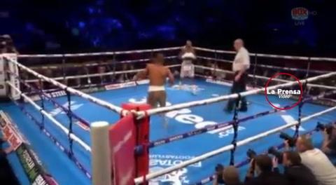 Boxeador sudafricano Tete logra el KO más rápido en un combate por el título mundial.