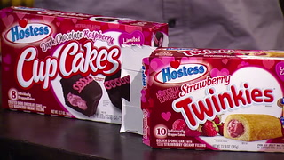 Pat and Jeffy review Hostess Valentine's Day products