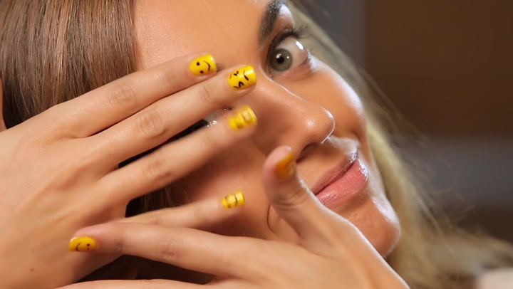 Customiza tus uñas como Rihanna. 3 propuestas originales