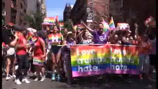 Nueva York festeja la edición más multitudinaria de desfile gay