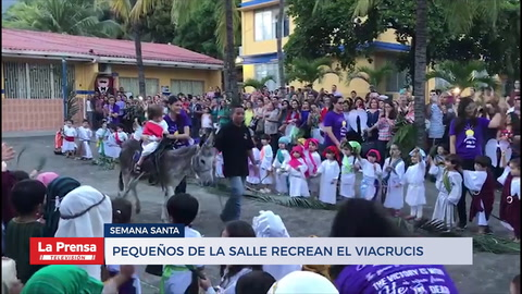 Pequeños de La Salle recrean el viacrucis