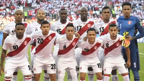 Perú pierde 1-0 ante Dinamarca en su regreso al Mundial