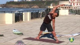 Trikonasana variation surf (6)