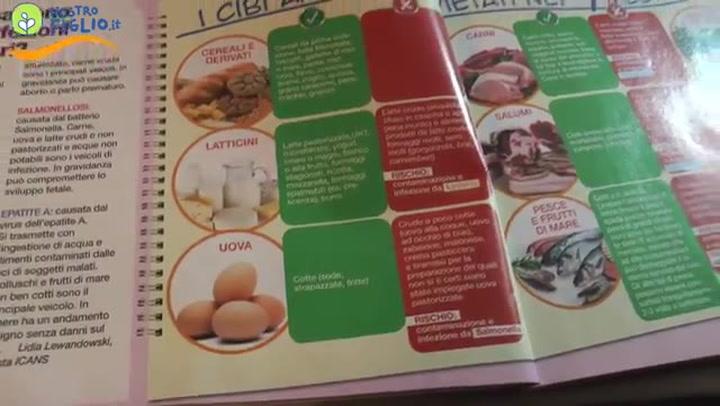 Alimentazione gravidanza: la lista dei cibi vietati