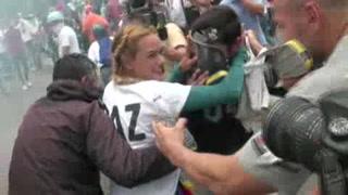 Reprimen a opositores en Venezuela por segundo día consecutivo