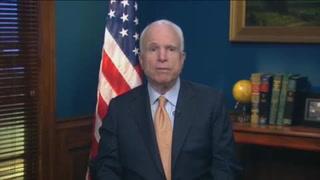 McCain, diagnosticado con tumor cerebral, vuelve a Senado de EU