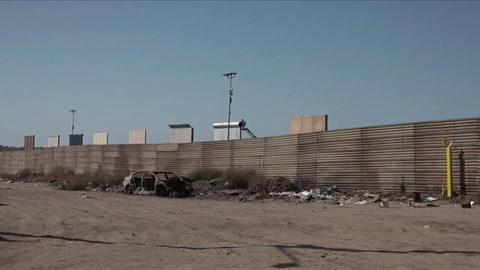Prototipos del muro de Trump se asoman en frontera con México