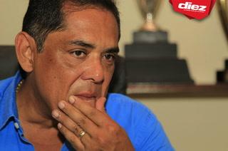 Rolin Peña, vicepresidente de Marathón, llora en entrevista exclusiva en DIEZ TV