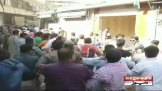 کراچی میں مشتعل افراد کا انسداد تجاوزات ٹیم پرحملہ، افسر نے بھاگ کر جان بچائی
