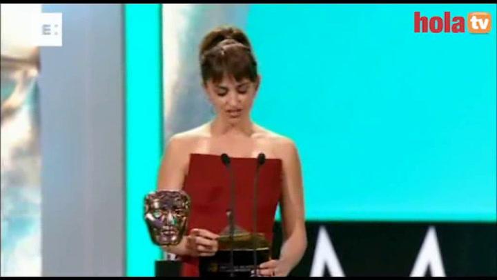 The Artist\' arrasa en los premios Bafta, donde Penélope Cruz y Elsa Pataky pusieron el acento español