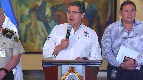Presidente Hernández comparece ante el traslado de reos a El Pozo