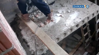 Bastığı betonu kesen işçi yere böyle çakıldı