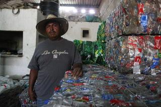 Recolectar basura lo vuelve empresario