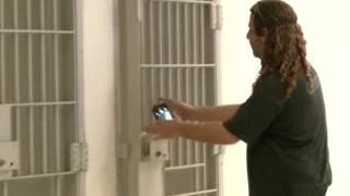 Vivir como un preso, una opción turística en Florida
