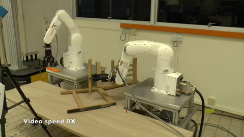 Científicos crean en Singapur robot capaz de armar silla de Ikea