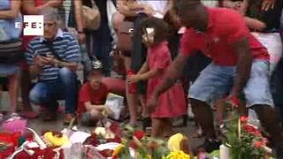 Homenajes por víctimas de Barcelona se multiplican