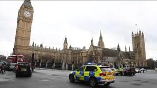Cercan el Parlamento británico tras ataque