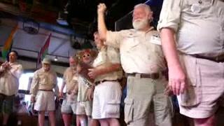 Trece hombres compiten por ser el 'gemelo' de Hemingway
