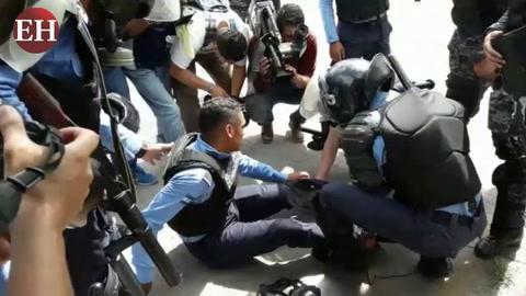 UNAH: Policías resultan quemados en enfrentamiento