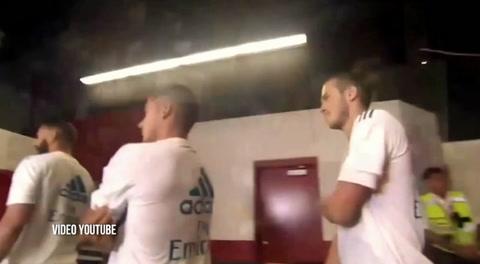 Captan a Mourinho intentando de convencer de fichar a Bale para el United