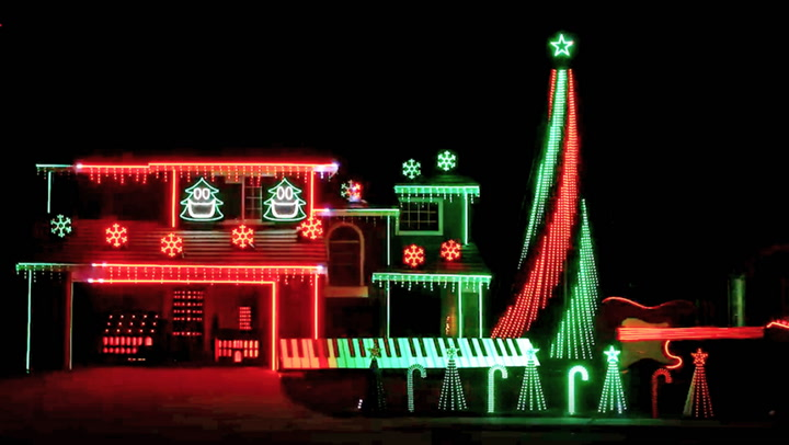 Behind the Scenes of a Magical 'Harry Potter'-Themed Holiday Light Show