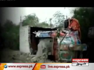 حیدرآباد کے قریب قومی شاہراہ پر بس حادثہ، 17 باراتی جاں بحق
