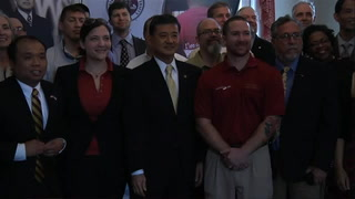 U.S. Secretary of Veterans Affairs Eric K. Shinseki visits Florida State University
