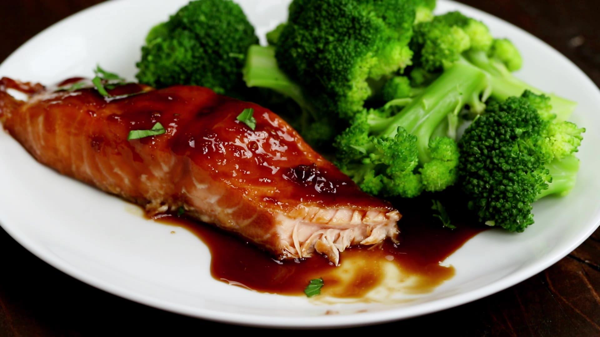Honey Ginger-Glazed Salmon picture