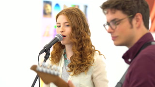 Up-and-comer Allison Ponthier Sings at Circuit 12 Contemporary