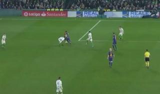 Los regates poéticos de Messi y el caño humillante a Andrés Guardado