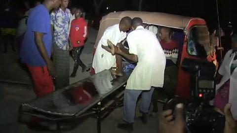 18 muertos en explosión de coches bomba en capital de Somalia