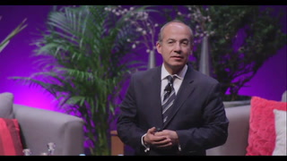 Felipe Calderón habla ante jóvenes emprendedores