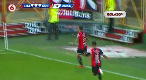 Doblete de Roger Rojas con la Liga Deportiva Alajuelense