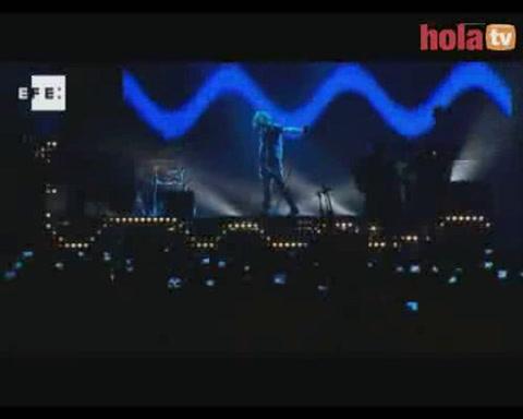 David Bisbal hace vibrar el Palacio de Deportes en un concierto espectacular