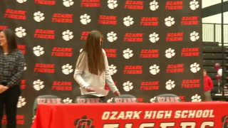 VIDEO: Holly Luginbill Signing