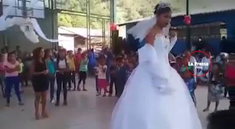 La novia más triste del mundo, una boda forzada indigna en las redes