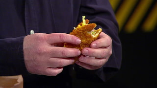 Pat Gray tries Taco Bell's new 'naked chicken chalupa'