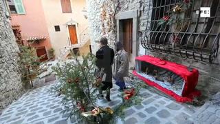 Pesebres decoran las calles del pueblo francés de Lucéram