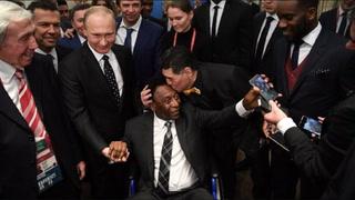 El emotivo saludo entre Maradona y Pelé en el sorteo del Mudial de Rusia 2018