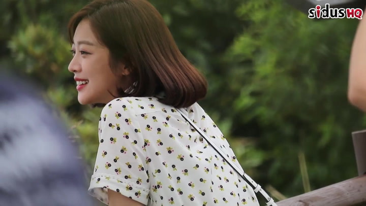 [Behind the scenes] Jo Boa sneaks snacks and endures hot weather in Goodbye to Goodbye