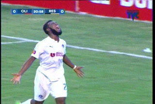 ¡GOOOL DEL OLIMPIA! Bengoché anota el 1-0 ante Real España