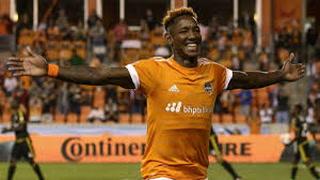 Romell Quioto anota golazo de tiro libre con Houston Dynamo