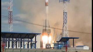 Rusia lanza primer cohete desde su nuevo cosmódromo