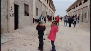 El 60% de los civiles que huyen de Alepo son niños