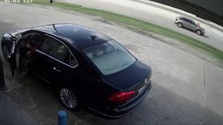 Mujer gravemente herida tras impedir a unos ladrones arrebatarle 75.000 dólares