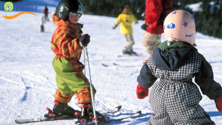 Bambini sugli sci: consigli ai genitori