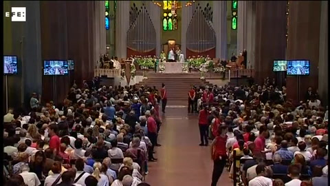 Misa por la paz en la Sagrada Familia tras atentados en Cataluña