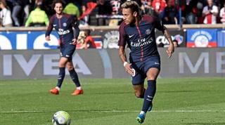 Polémica en PSG: Ación del club silba al brasileño Neymar